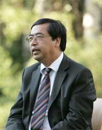 Thứ trưởng Ngoại giao, Chủ nhiệm Uỷ ban về người Việt Nam ở nước ngoài Nguyễn Phú Bình trả lời phỏng vấn về Quy chế miễn thị thực cho người Việt Nam định cư ở nước ngoài